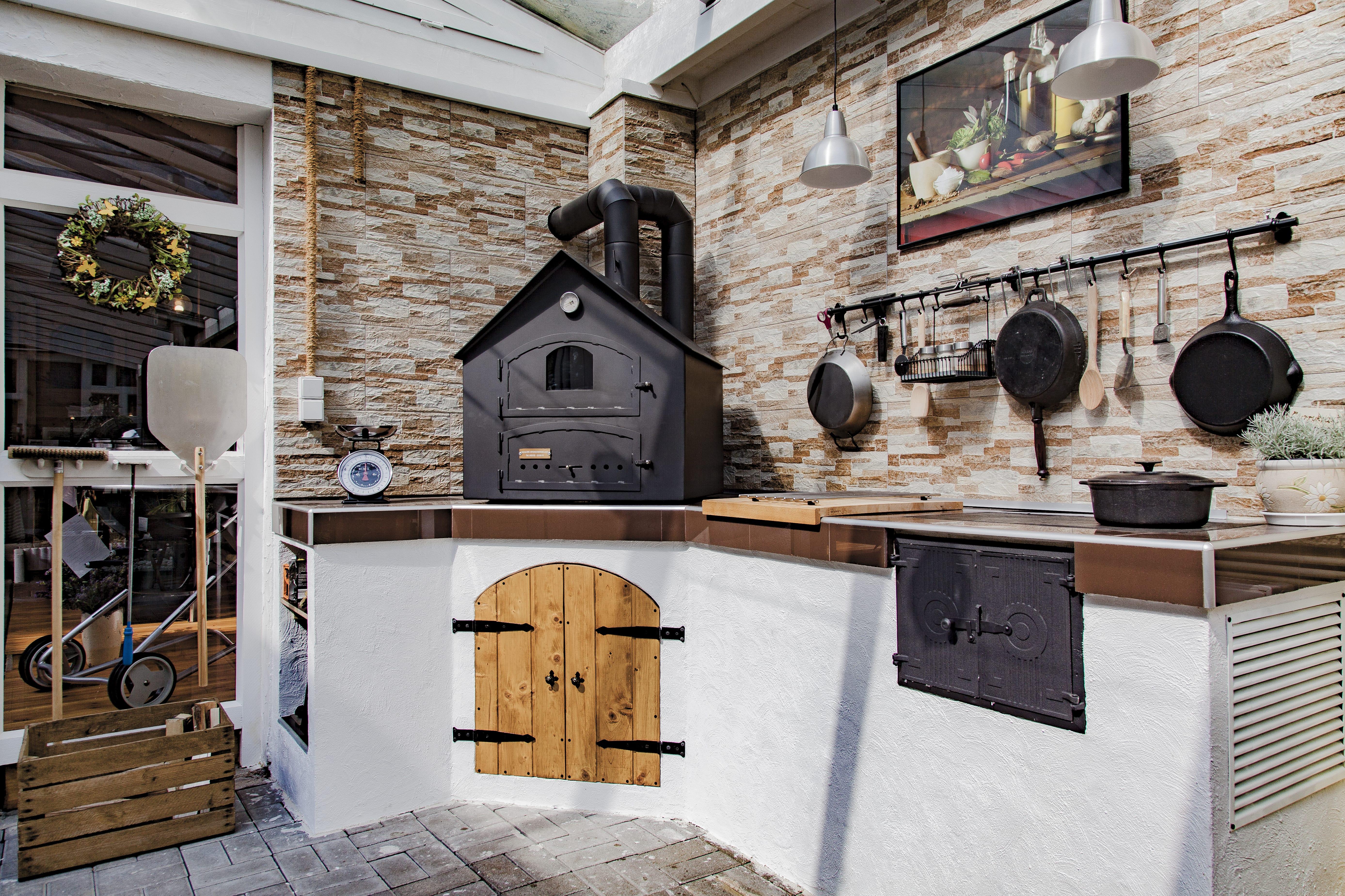 Die Ofenschmiede - Holzbacköfen - Kaminöfen - Grills